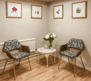 natural-health-clinic-oxford-bonn-square-therapy-room-consultation-area